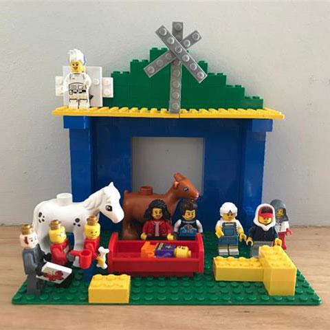 family-time-christmas-nativity-4